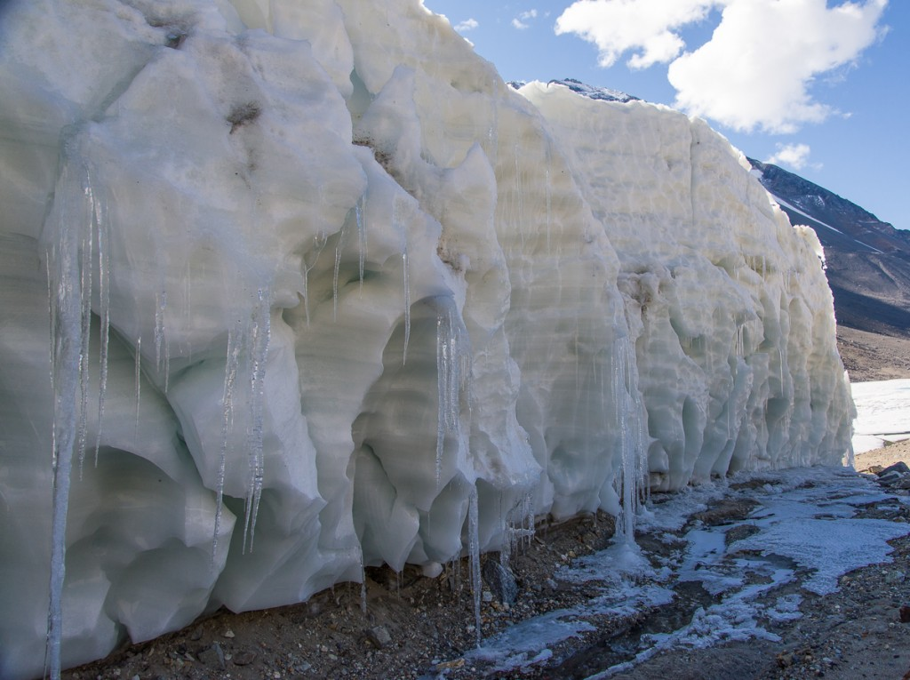 Suess Glacier, defile