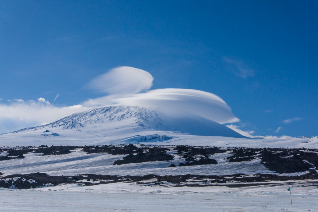 Cap and banner cloud over Mt. Erebus